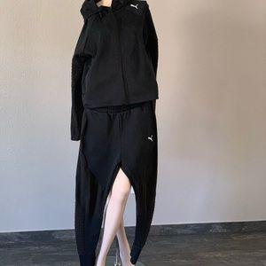 $89‼️Black Puma sweat suit size L